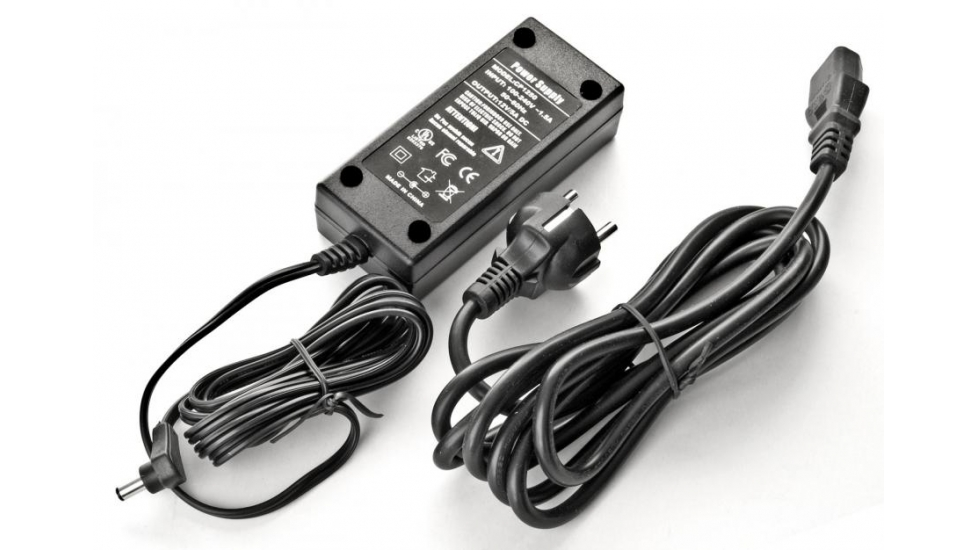 EXOS-2GT Universal Power Supply 230/12V, 2.5A